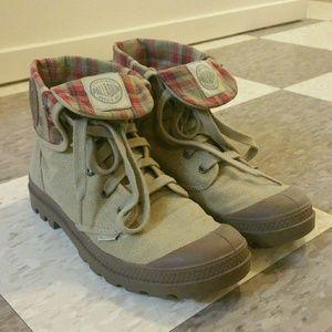 Palladium Baggy Canvas Boot 8.5
